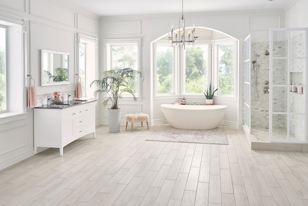 /Uploads/Public/Coast Palmetto Bianco floors Bathroom 0239.jpg