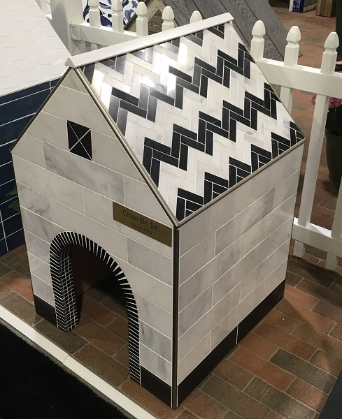 /Uploads/Public/Crossville dog house.JPG