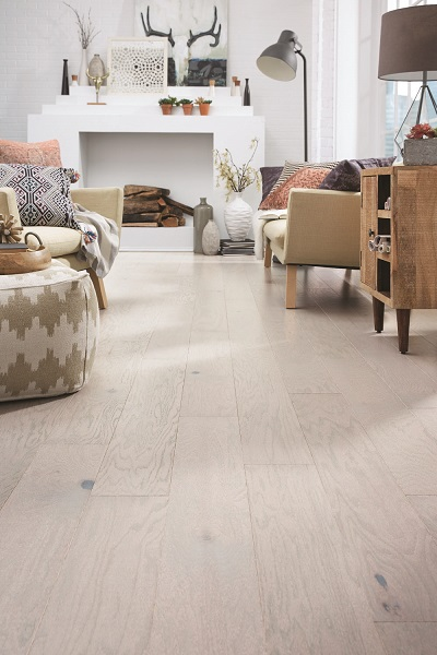 /Uploads/Public/Mannington Norwegian Oak Flurry web.jpg